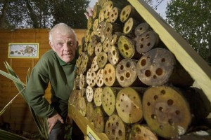 parkdean-holidays-assistant-general-manager-david-marks-with-the-bee-hotel-at-looe-bay4